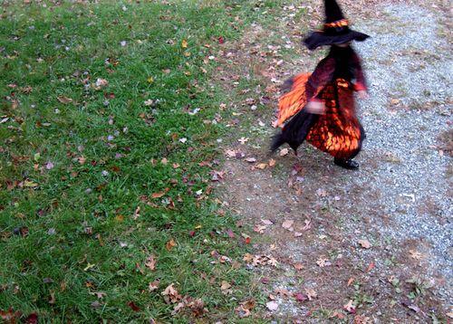 Halloween twirl