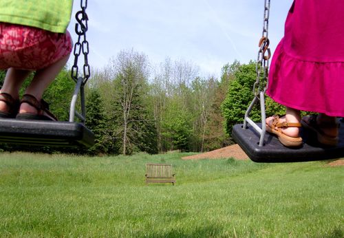 Stand on swings