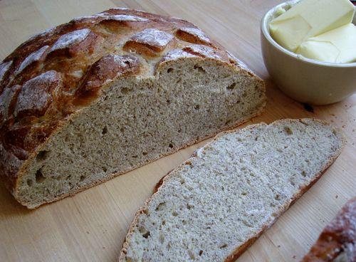Golden flaxseed bread sliced