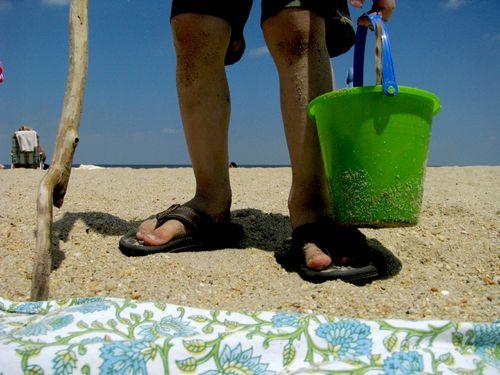Flip flops bucket