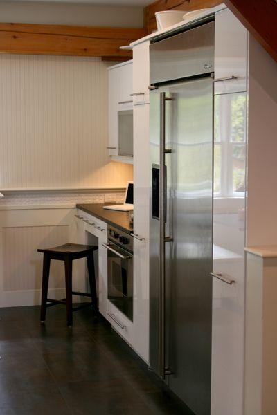 Kitchen refrig vert 1