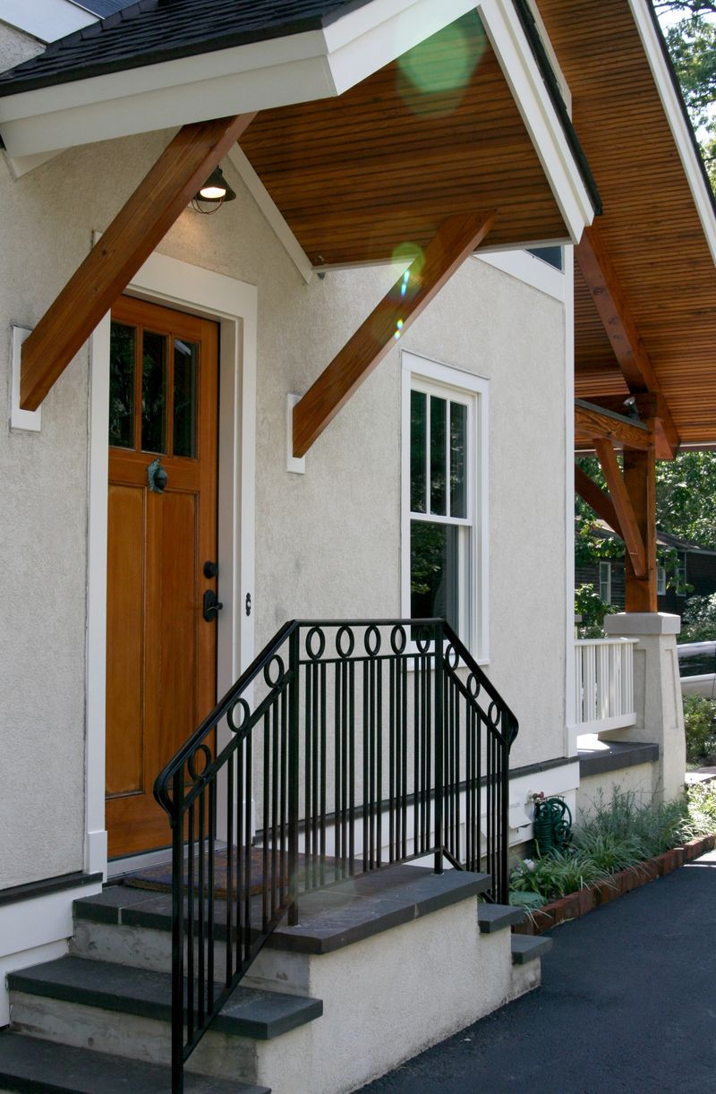 Driveway side entry 1